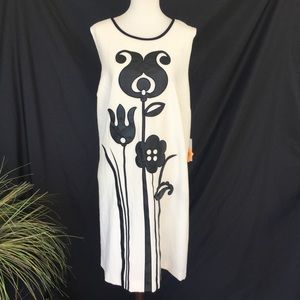 🌟New🌟 Victoria Beckham White Black Midi Dress 2X